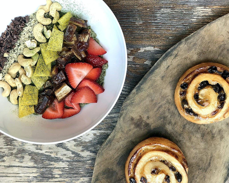 breakfast fruit plates