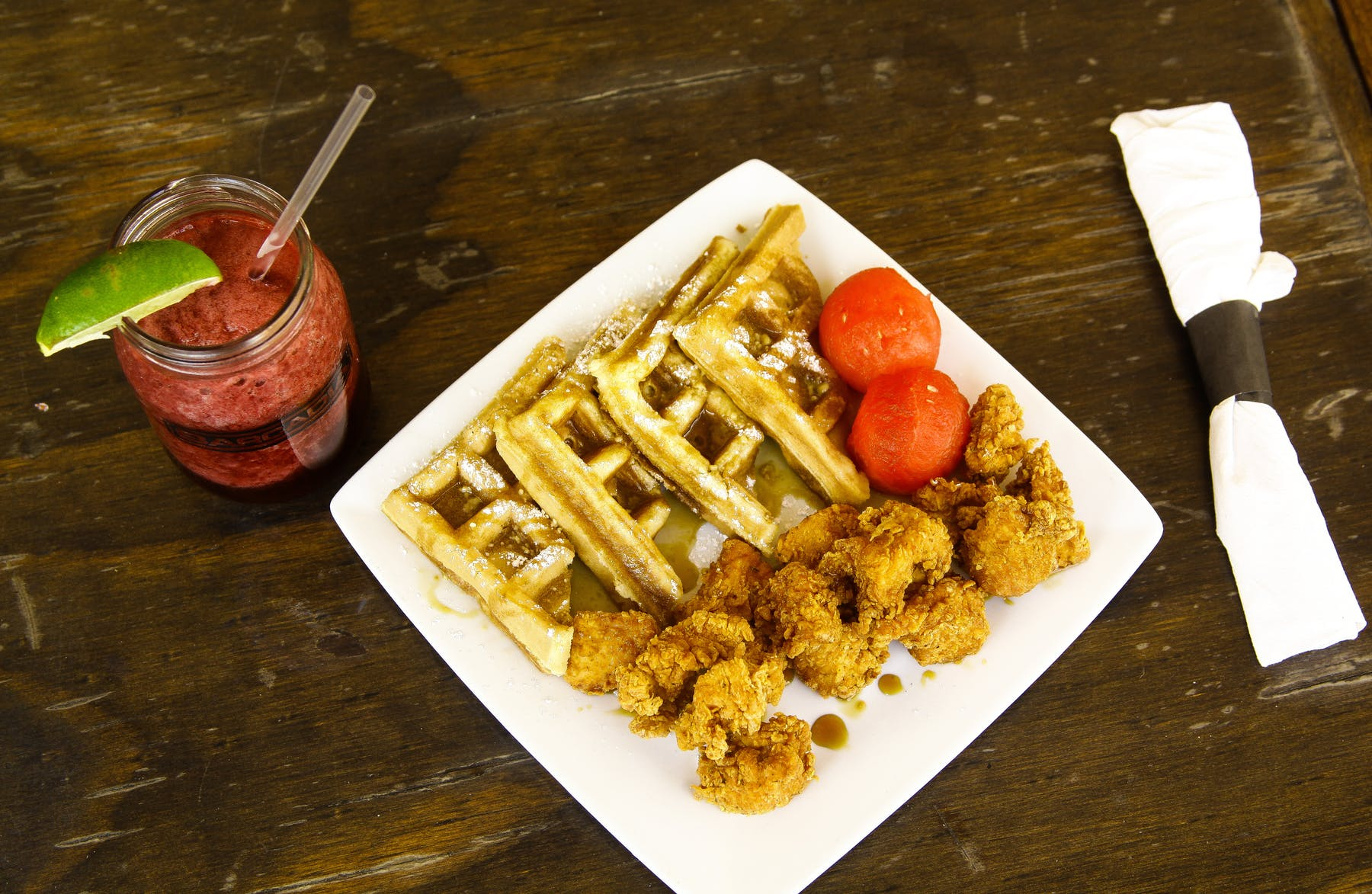 waffles with fried chicken and strawberries