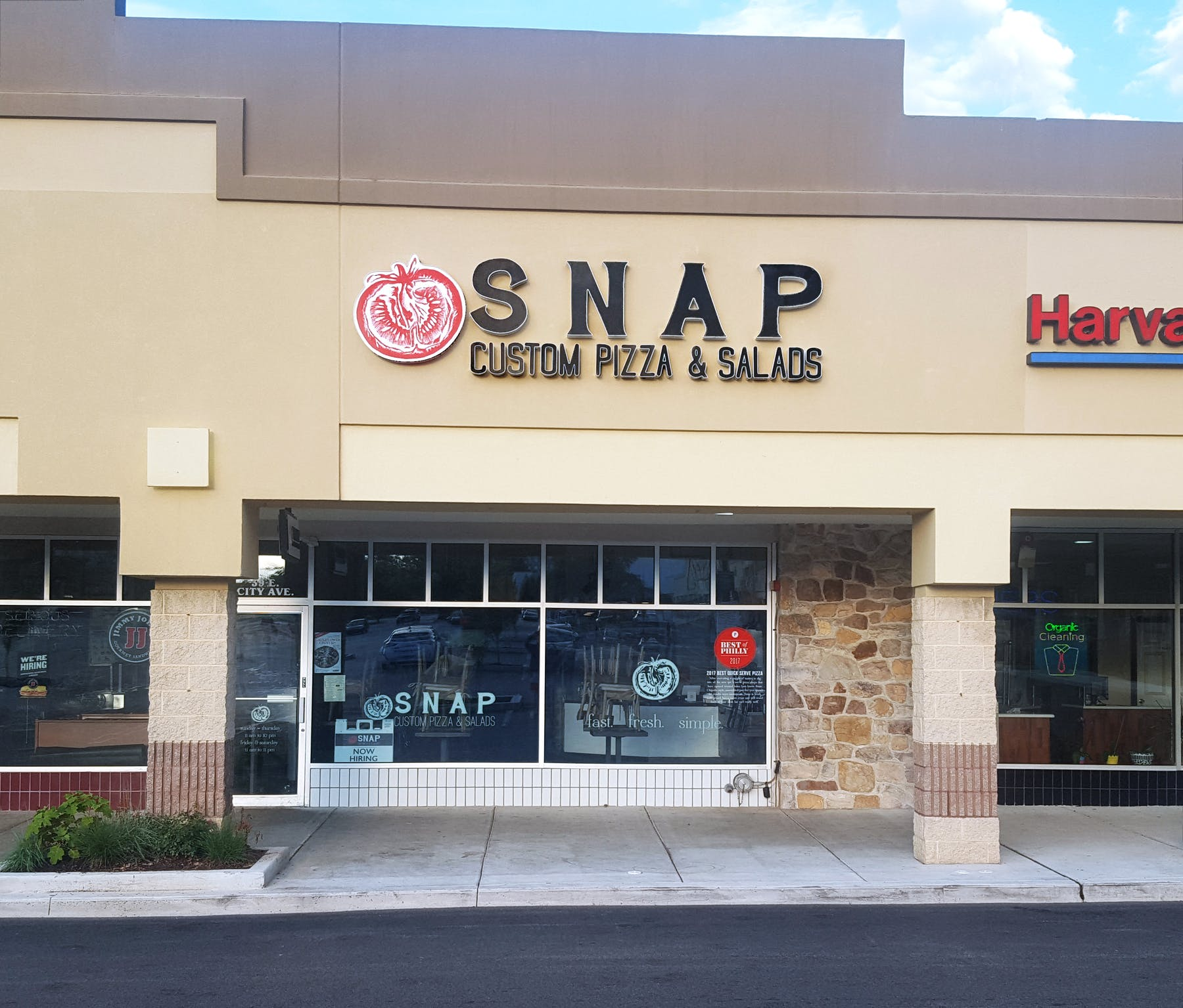 Snap Custom Pizza