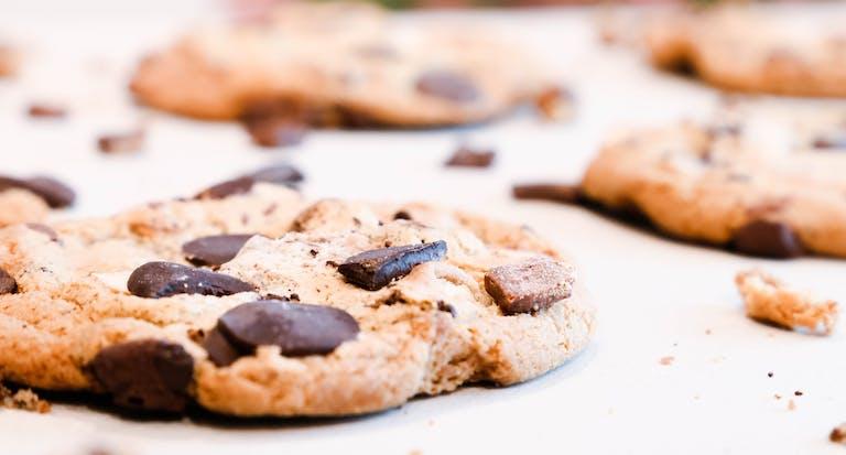 Chocolate chip chunk cookie pretzels