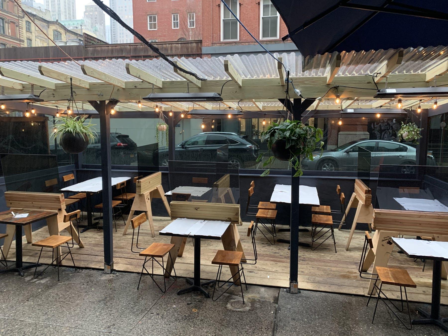 Khe-Yo Outdoor Cafe