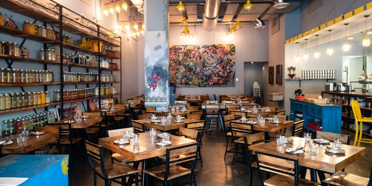 Downtown Dadeland | Hours + Location | Ghee Indian Kitchen | Indian  Restaurants in Miami, FL
