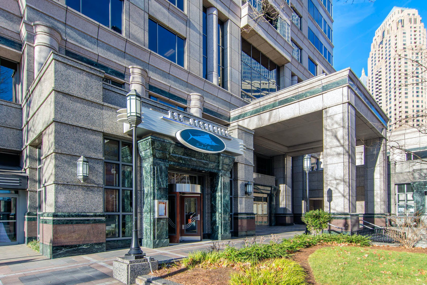 Midtown - Atlanta | Hours + Location | The Oceanaire | Fine