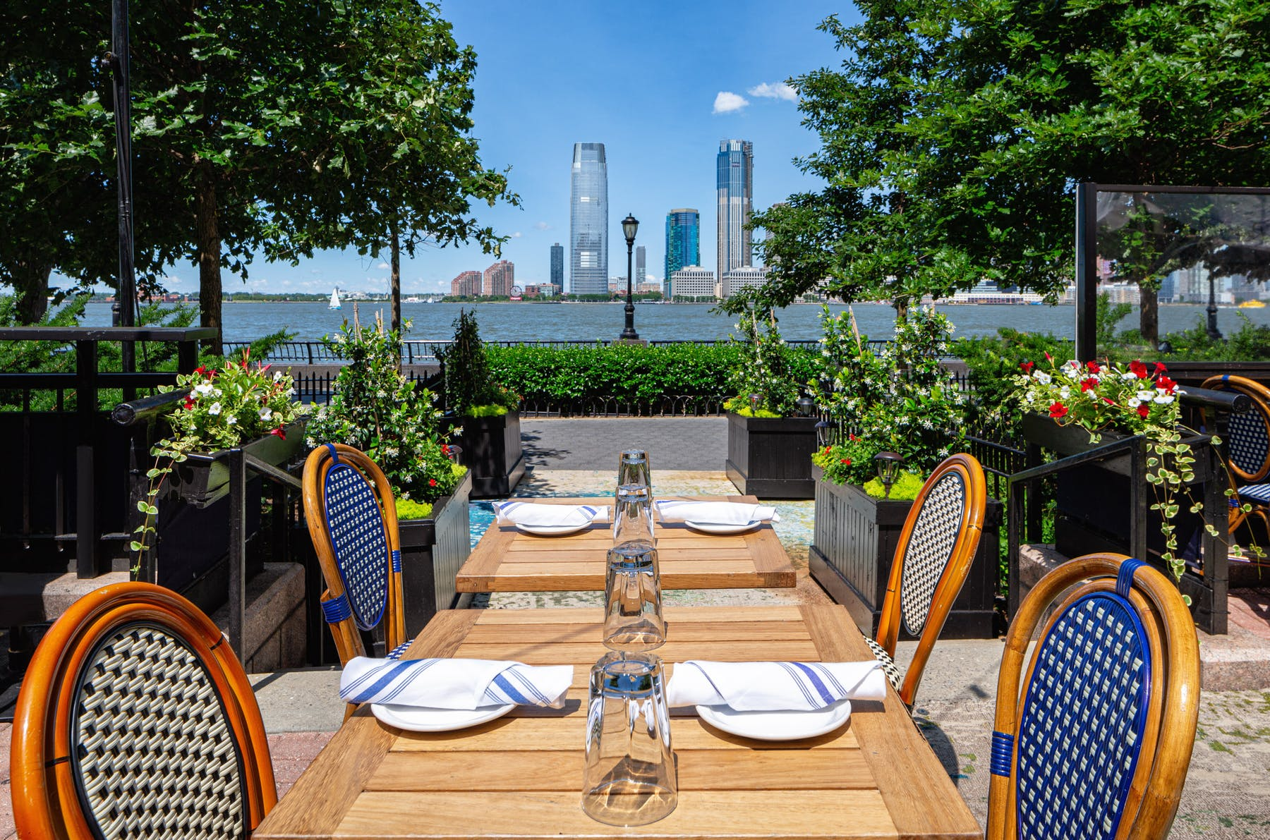 Merchants Riverhouse | Merchants River House | American Bistro in New York City, NY