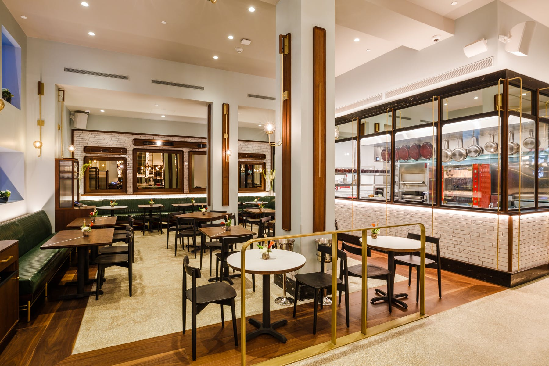 Leonelli Taberna Interior Italian Food NYC