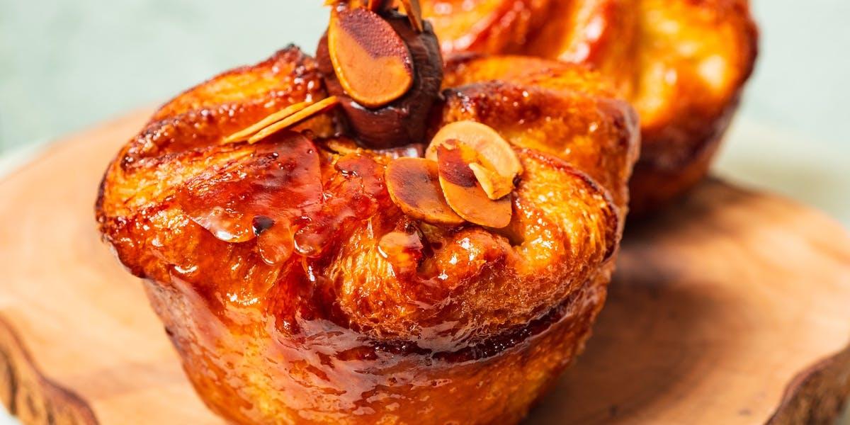 KOUIGN-AMANN SET Patisserie Chanson Best French Cafe, Bakery, Dessert Bar, Pastry in