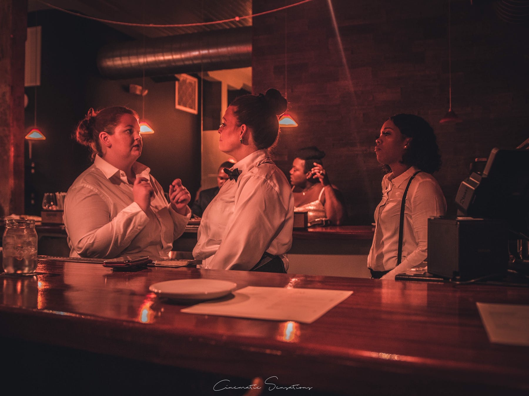 waitresses talking