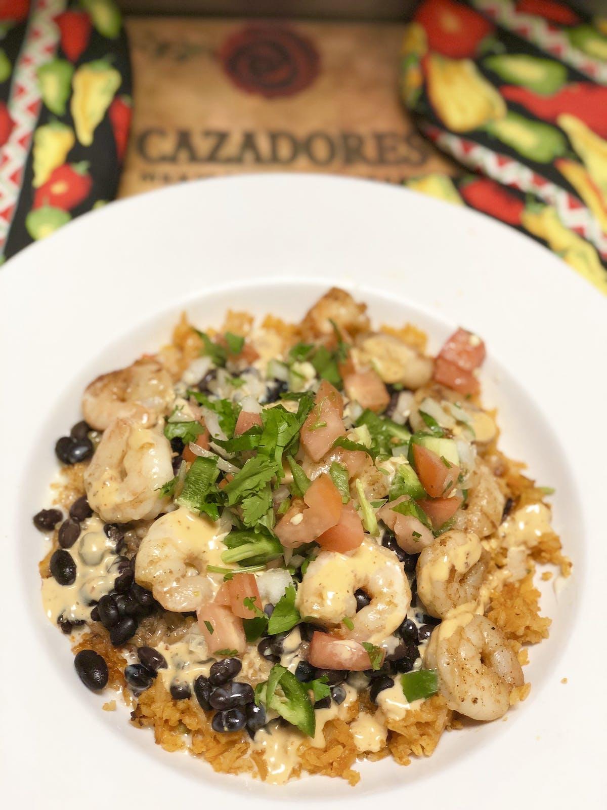 Shrimp salad with beans