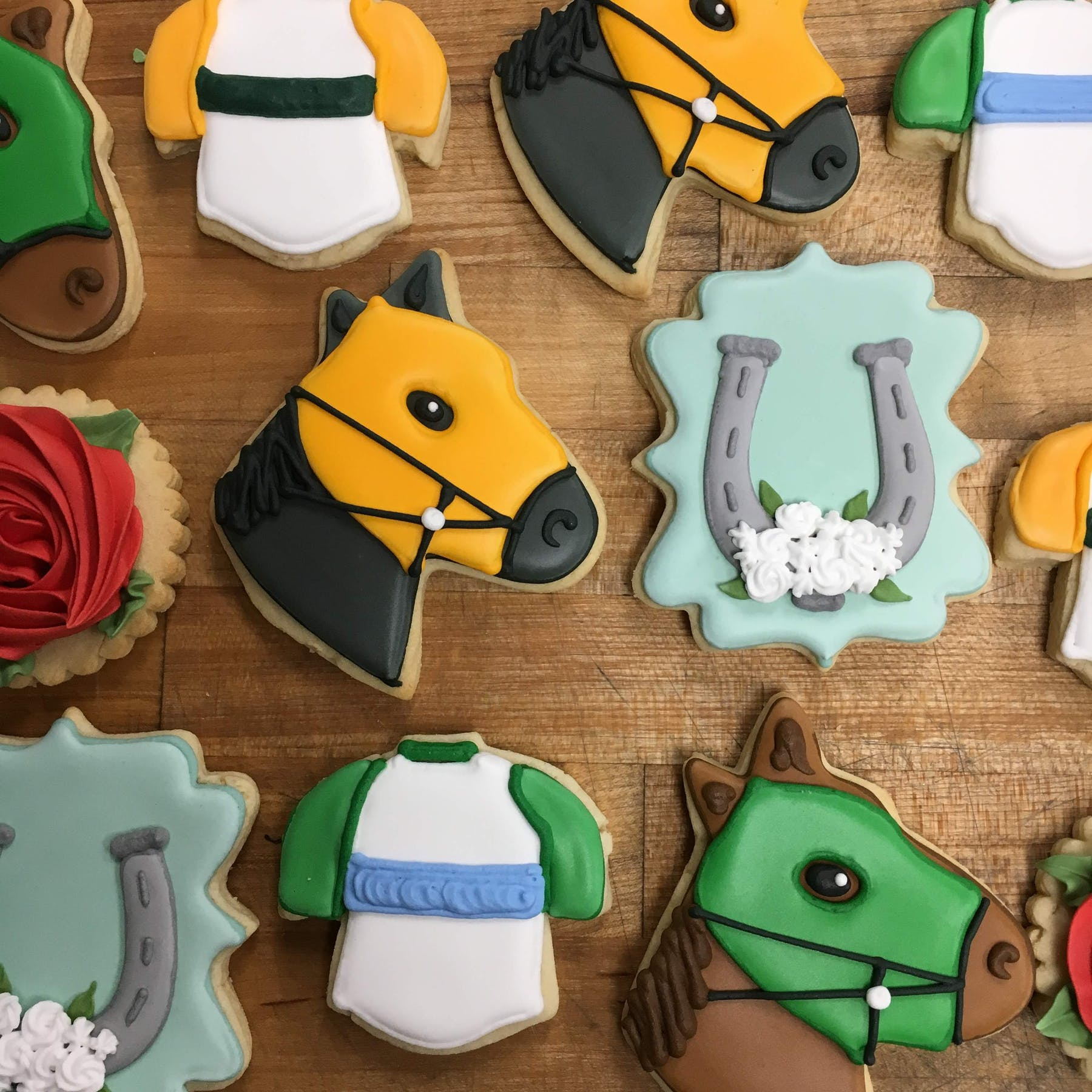 horse themed cookies