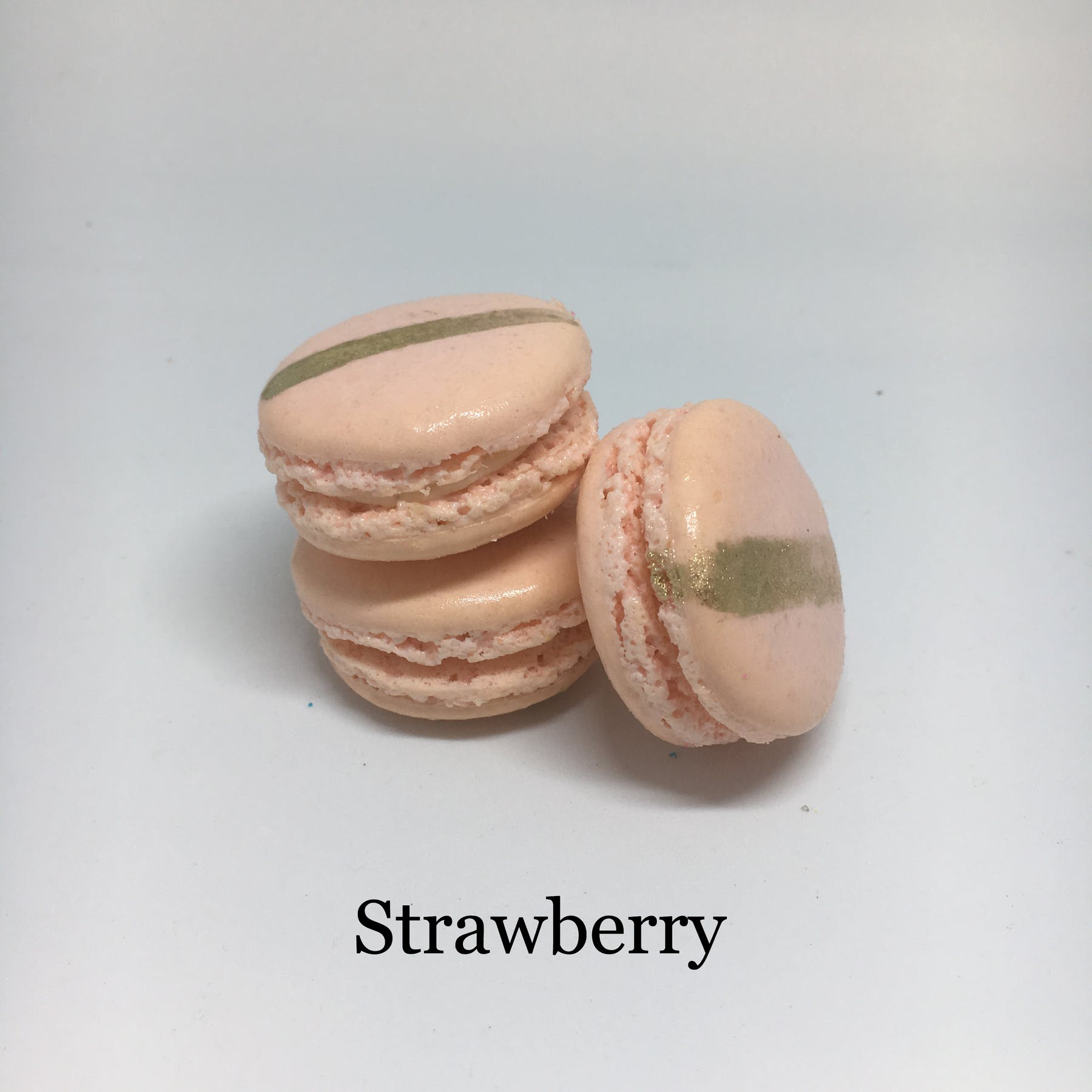 strawberry flavored macarons