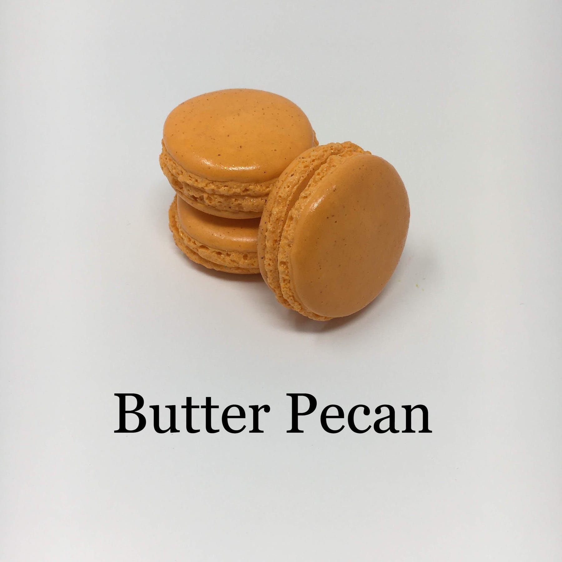 butter pecan macaron