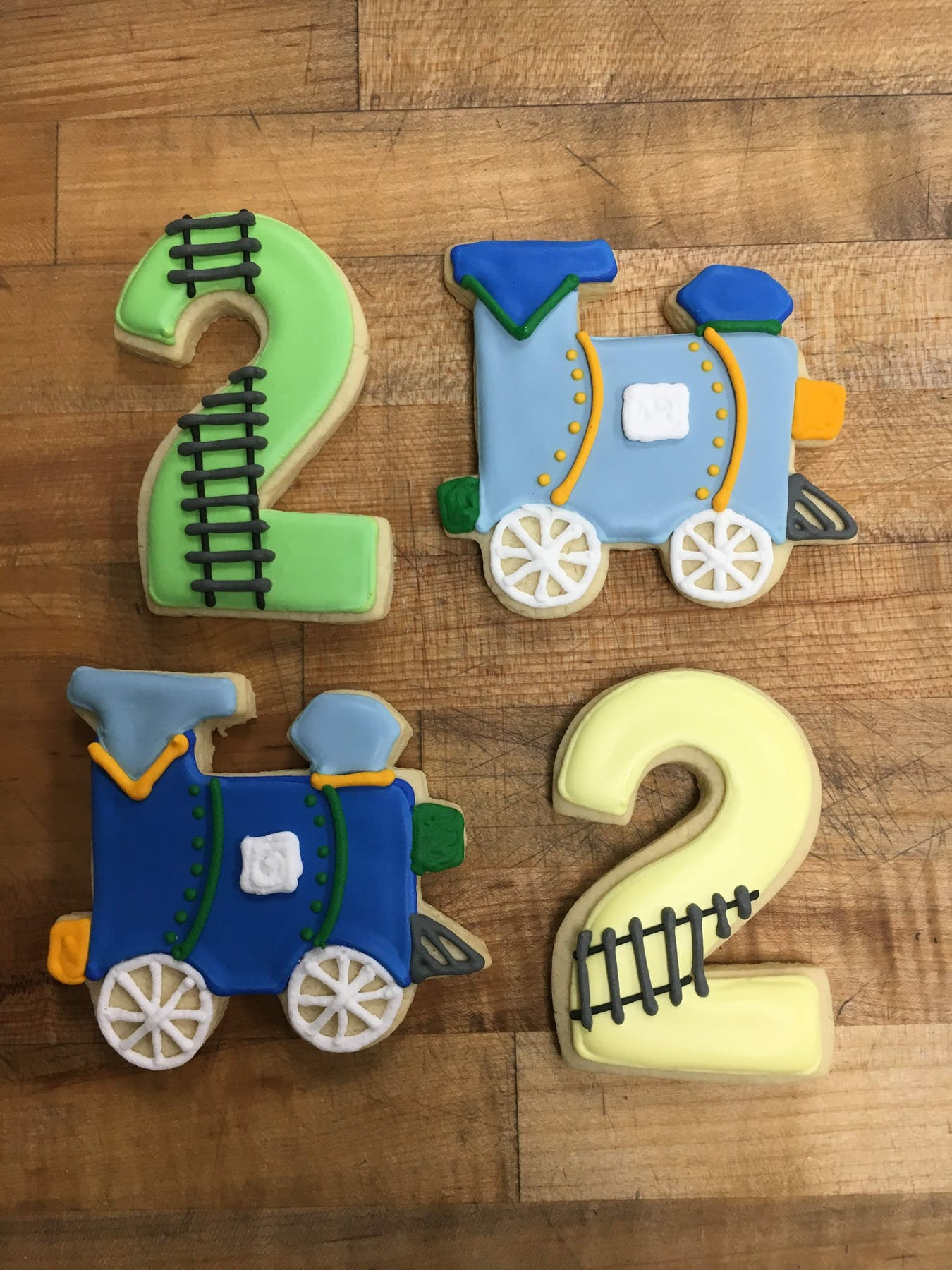 train themed cookies