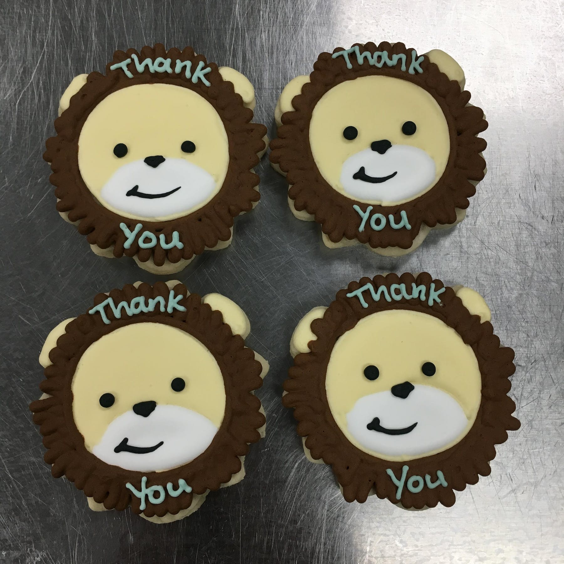lion themed cookies