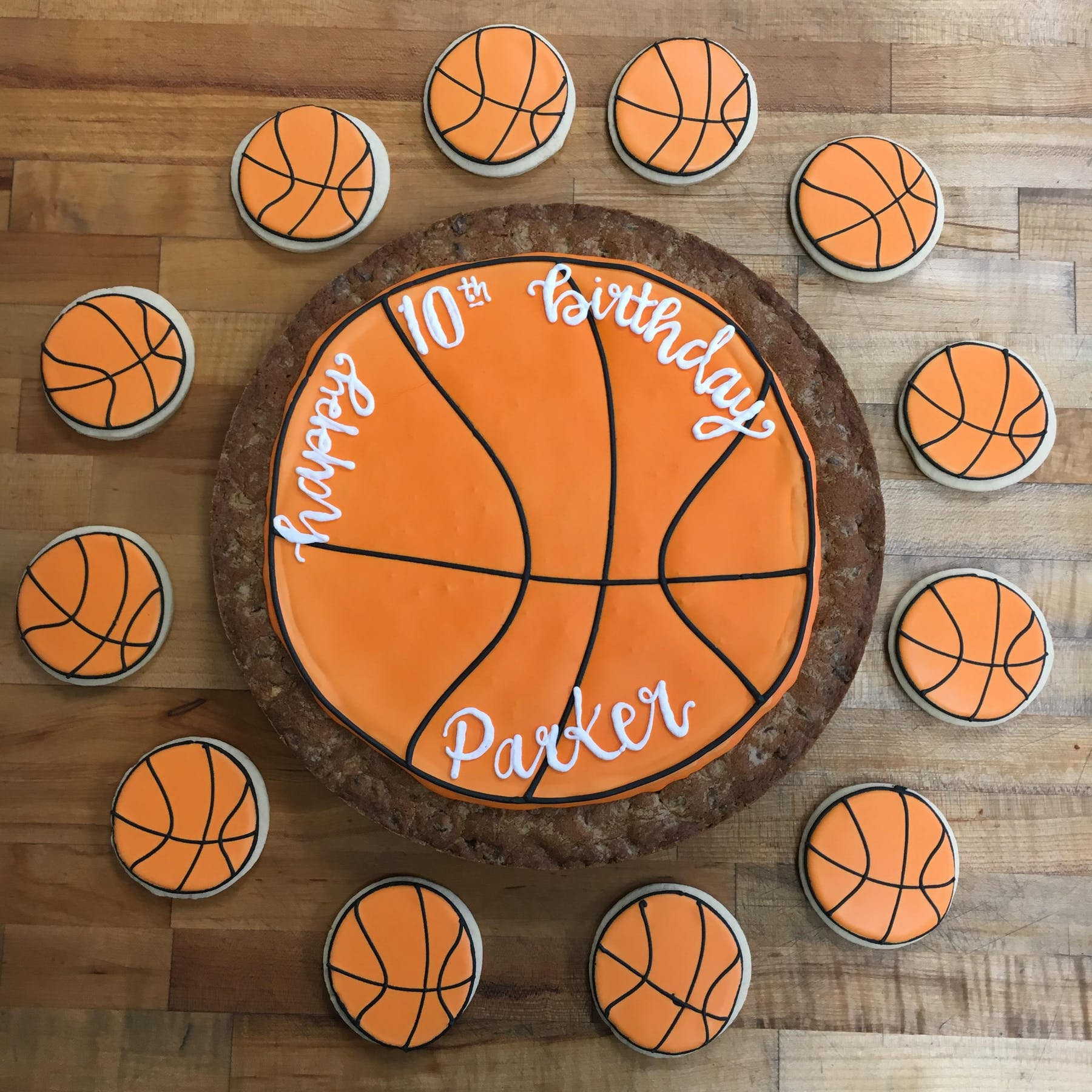 basketball themed cookies