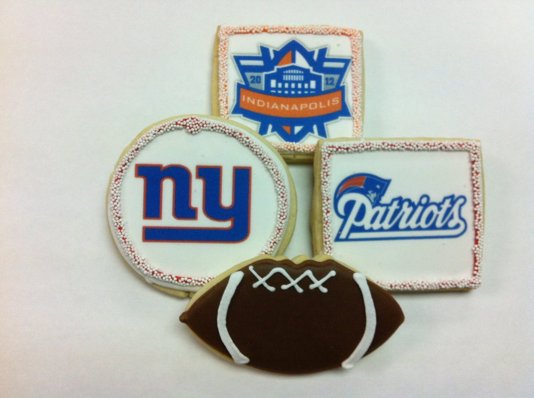 football themed cookies