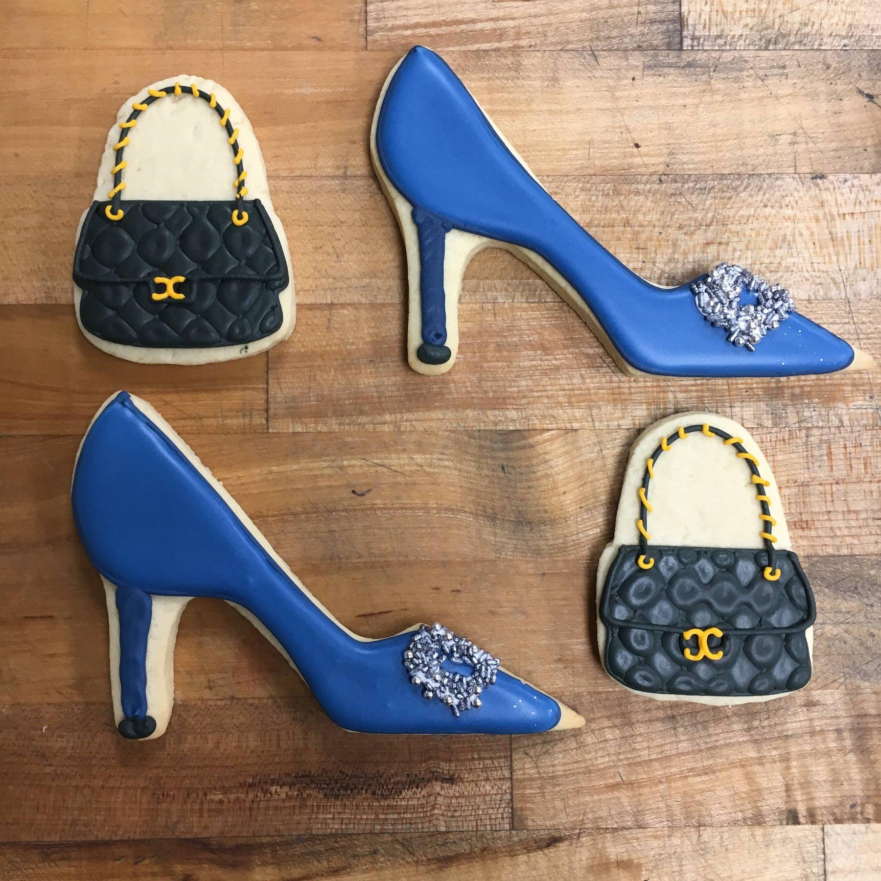 high heels shaped cookies