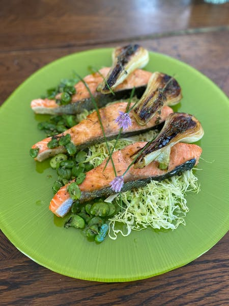 Salmon with Broiled Onions