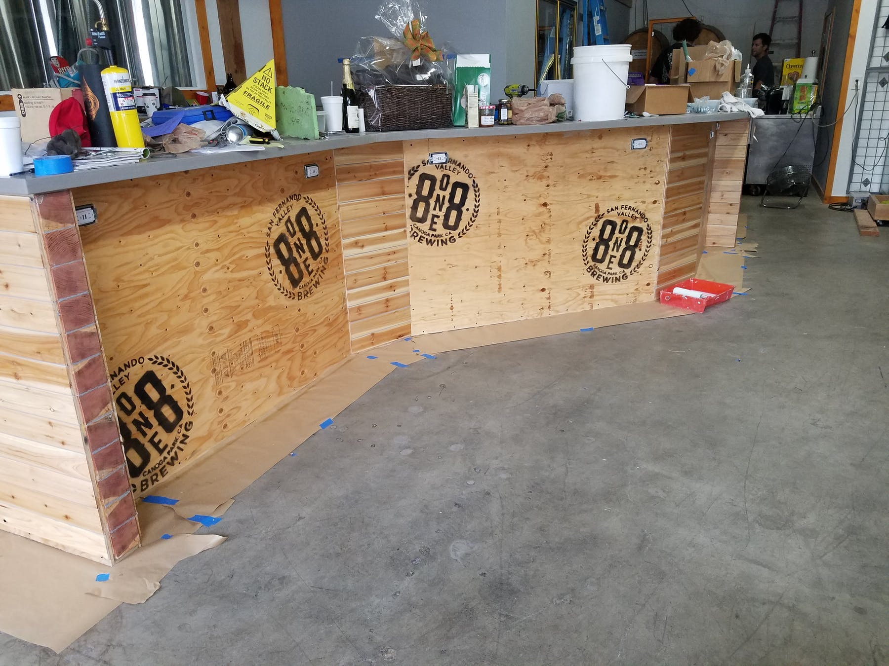 818 bar front coming to life