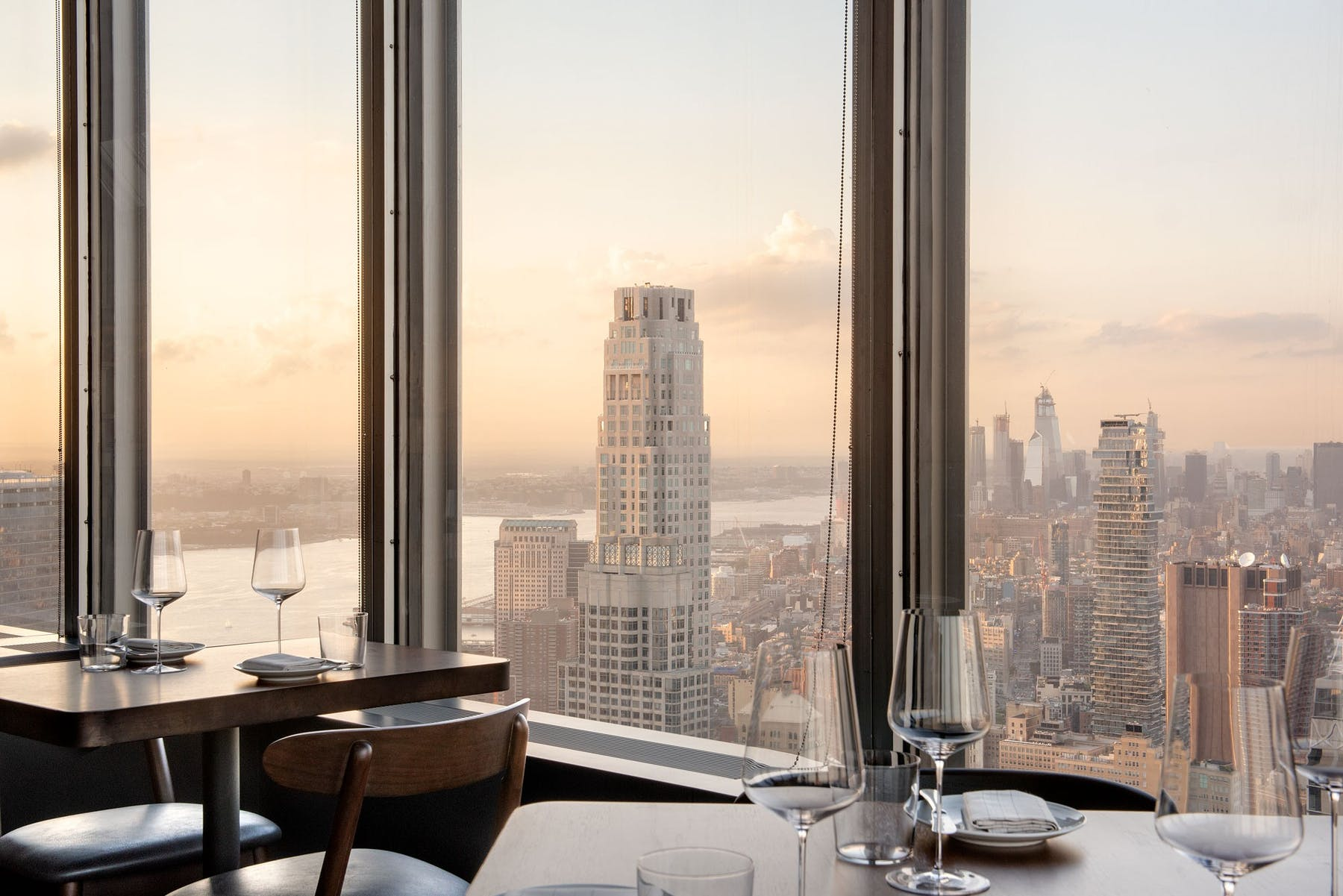 Manhatta Restaurant Dining Room View