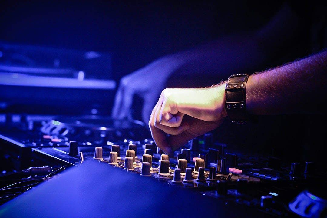 A DJ mixing tunes?