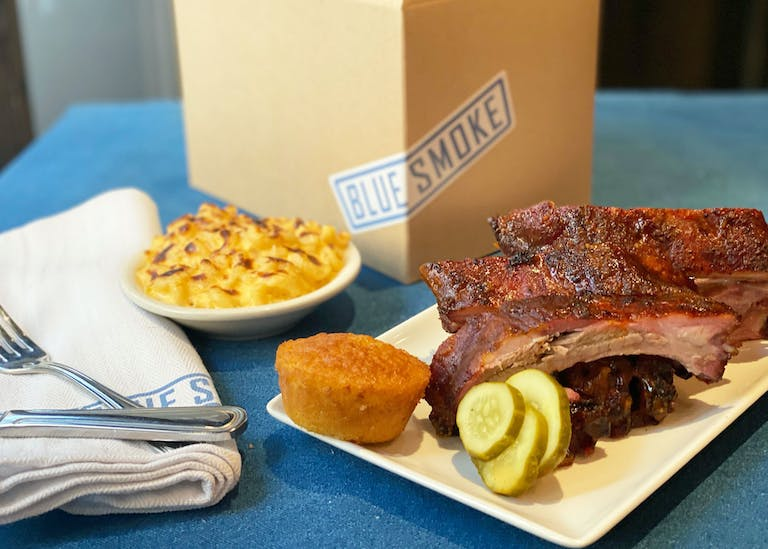 memphis ribs lunch box on a table