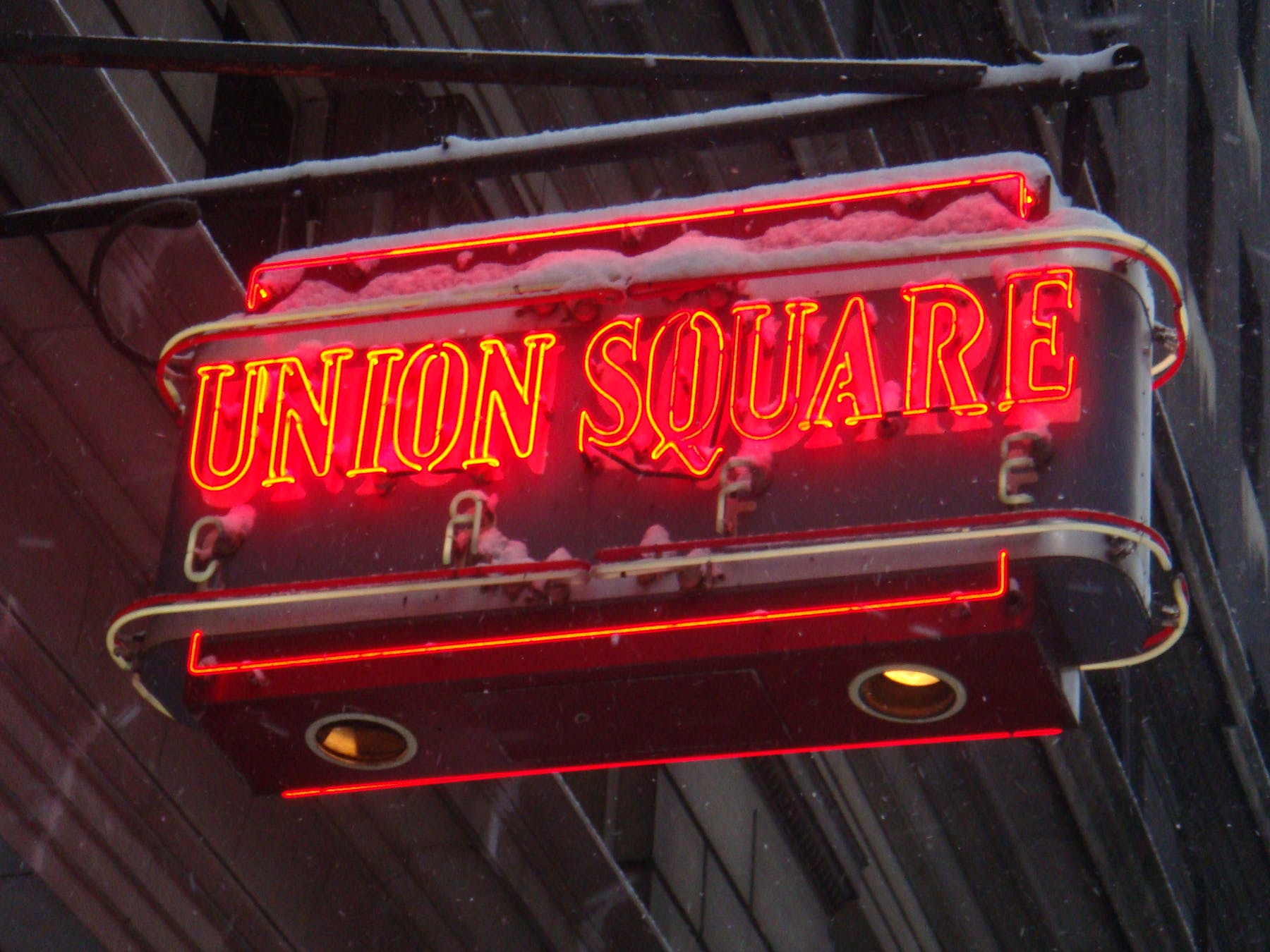 The Union Square Cafe neon sign