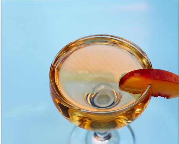 Colorado Peach Martini