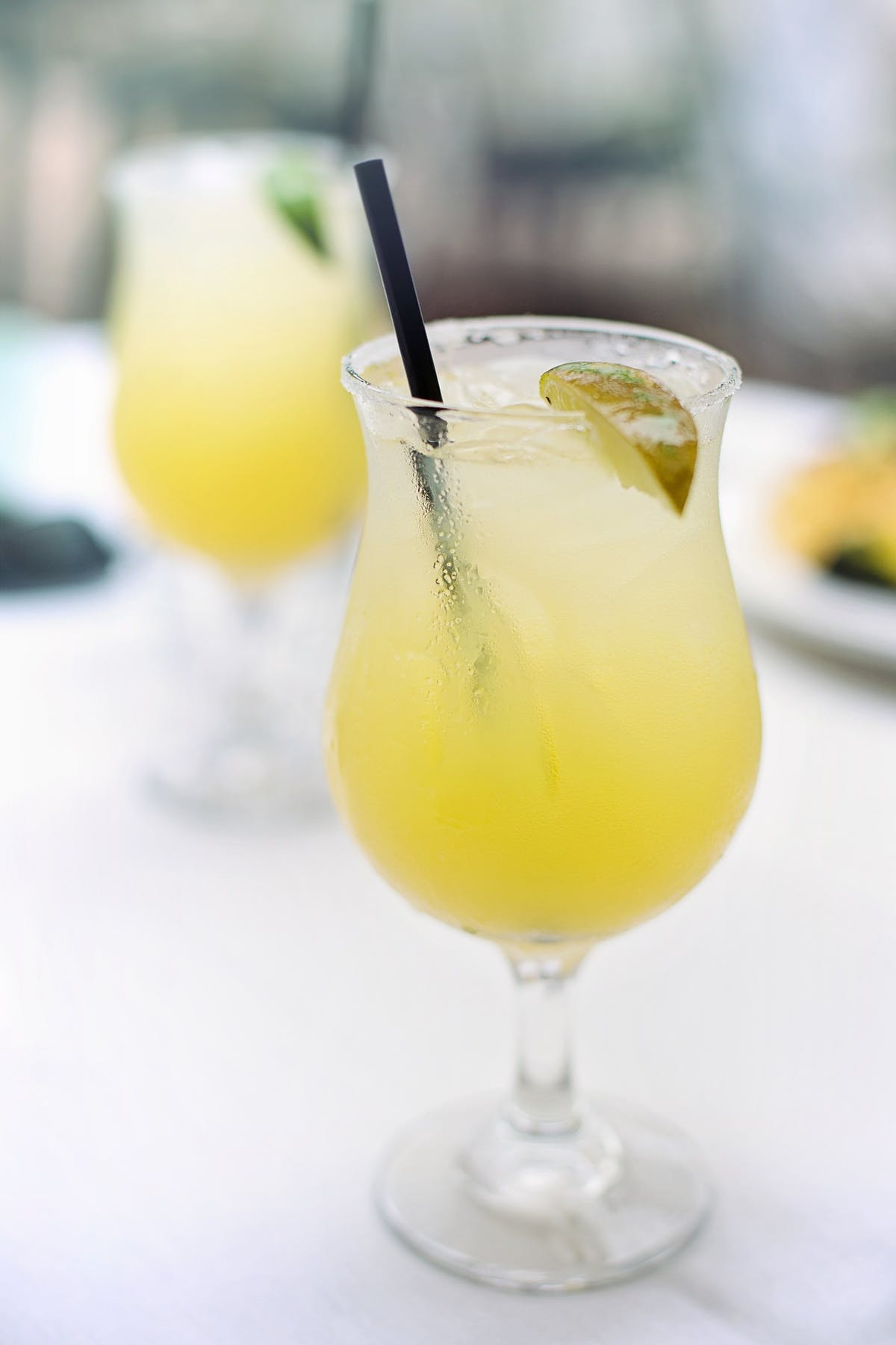 a glass of margarita