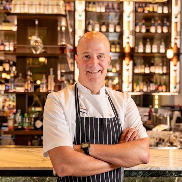 Jonathan Benno in Bar Benno