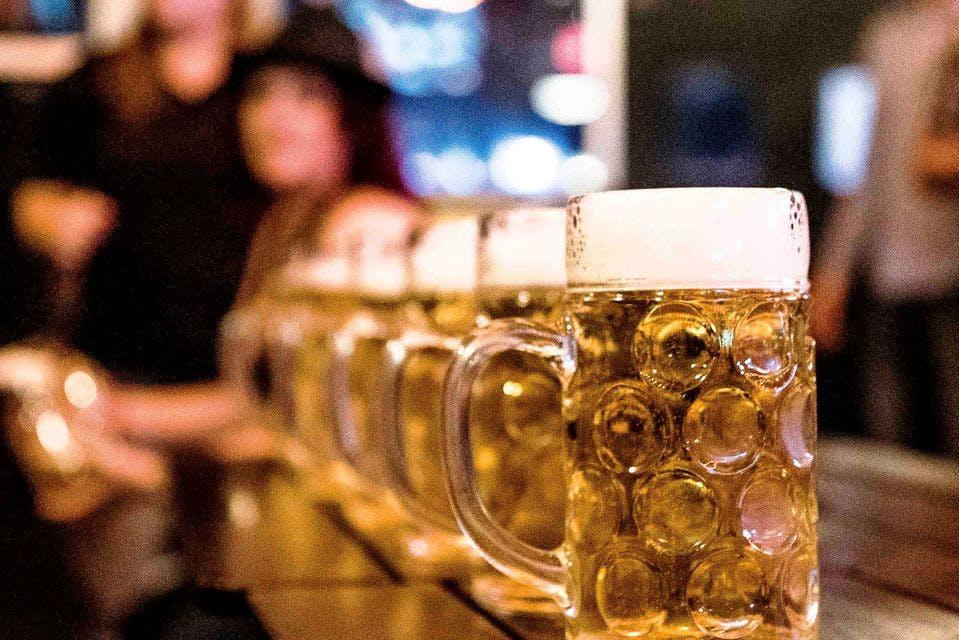 a glass mug