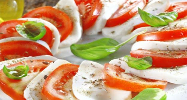 tomato slices with mozzarella and basil