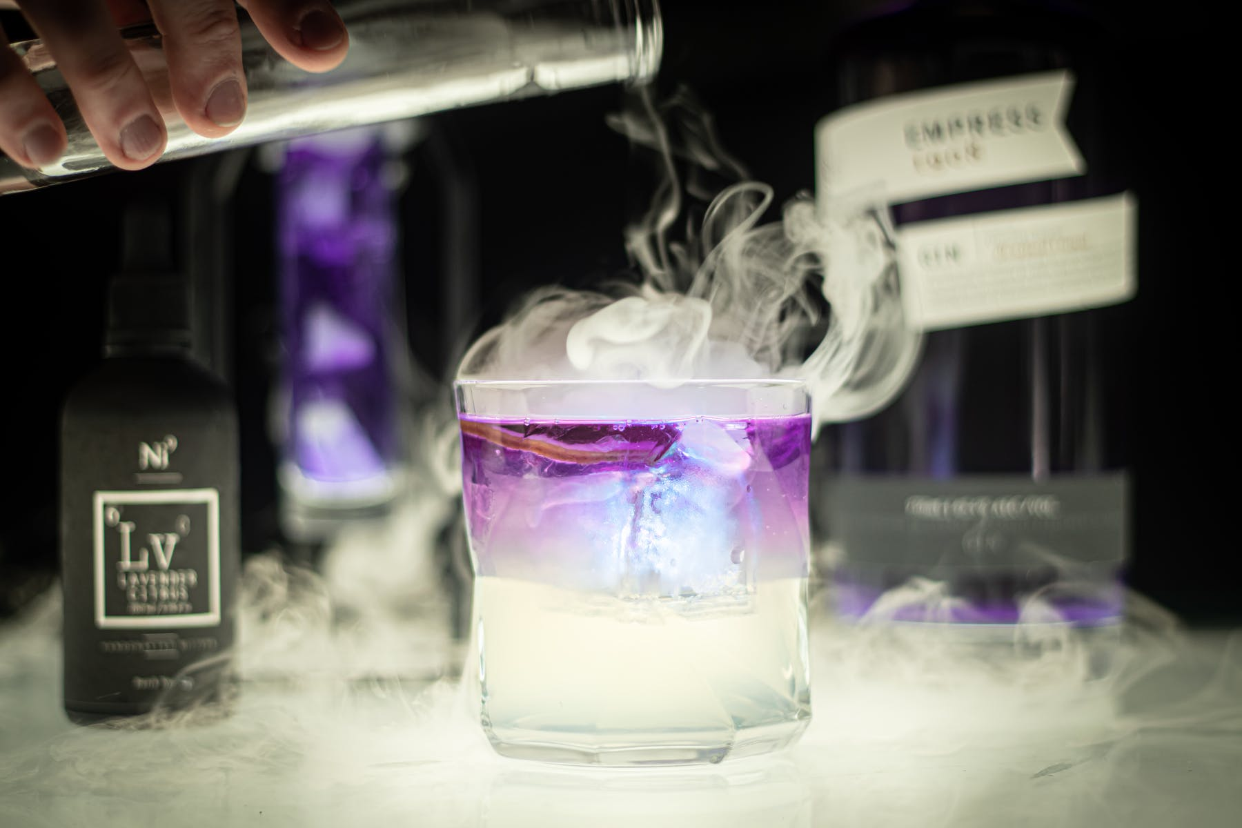 smoking, bubbling cocktails