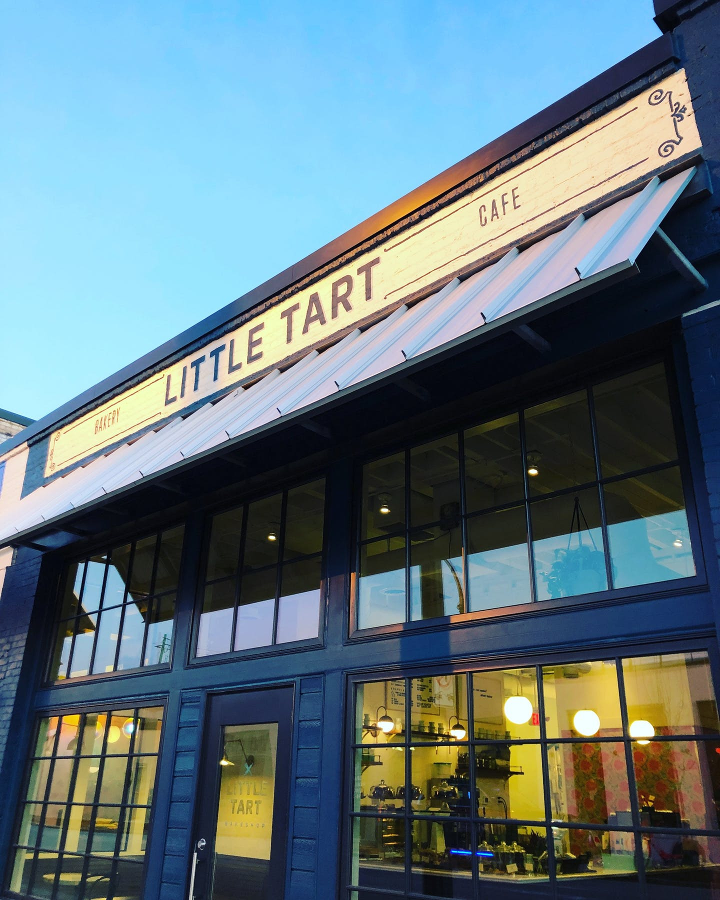 Little Tart // Grant Park | Hours + Location | The Little
