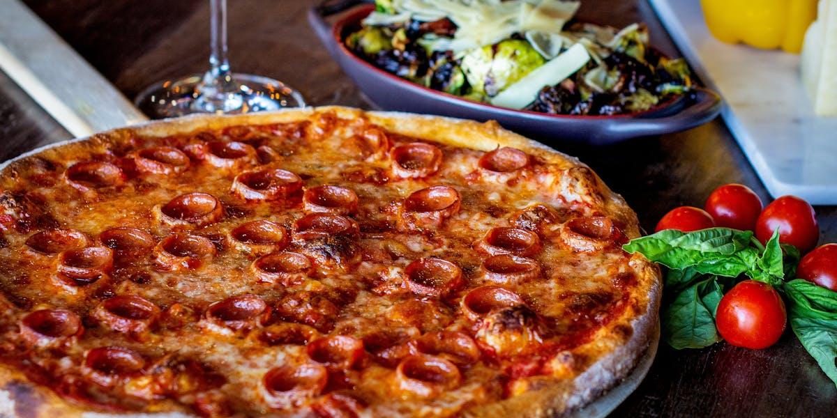 Menus | Mondo's Wood Fired Pizza