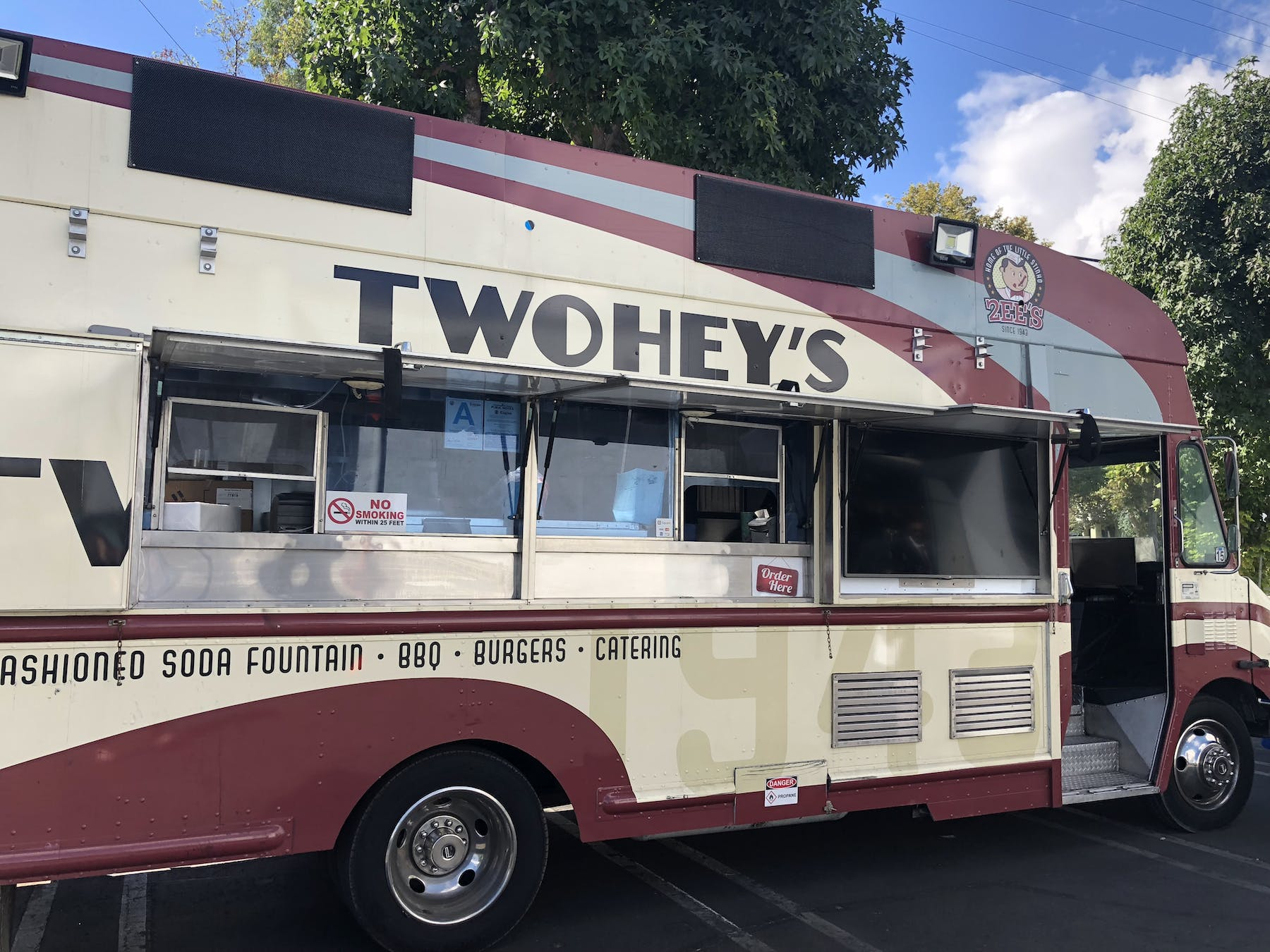 Twohey's Food Truck