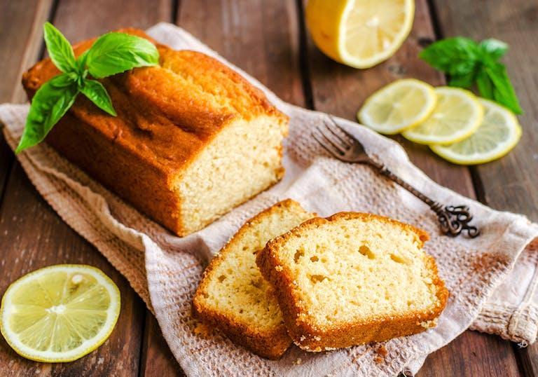 a lemon loaf cake