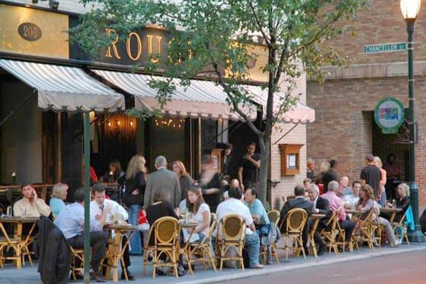 rouge 98 restaurant exterior