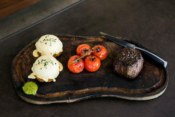 steak and eggs benedict