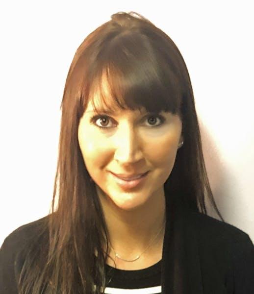 Photo of Sydney Lynn