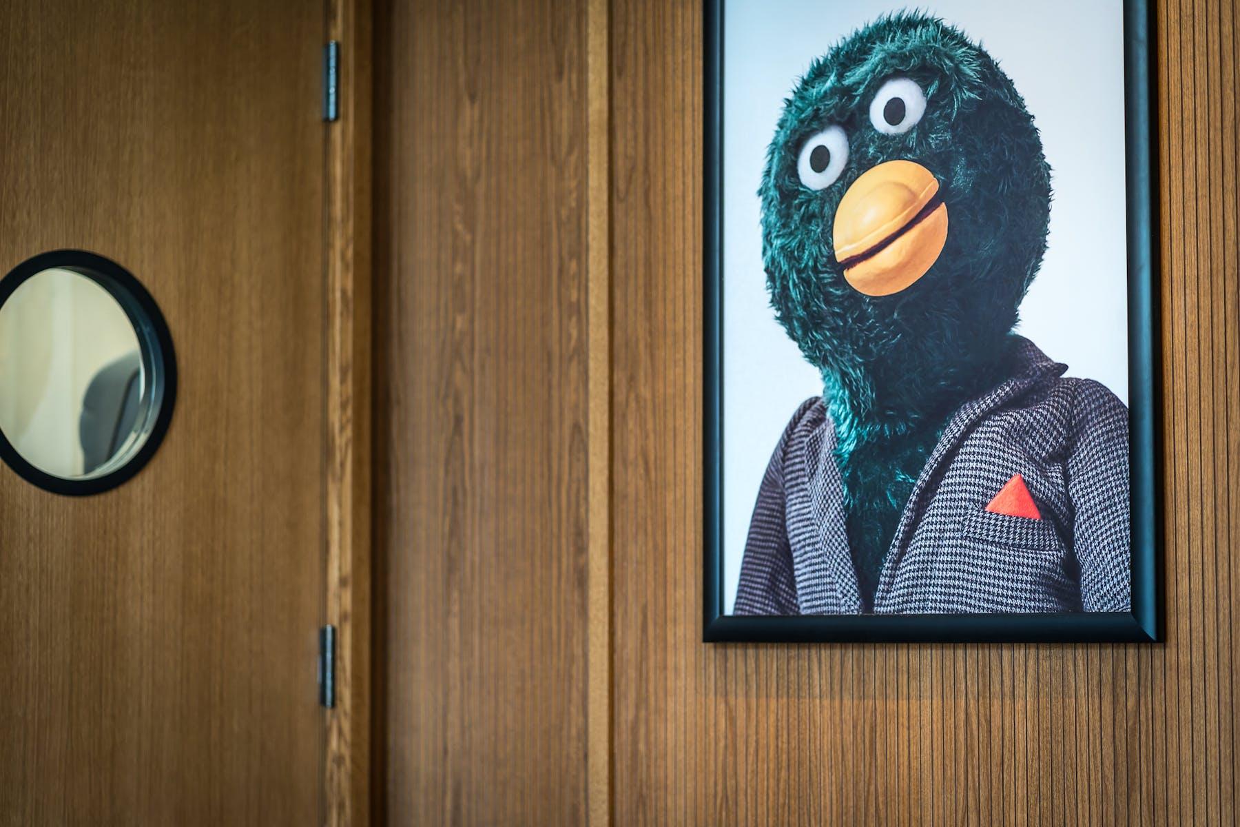 interior photos with framed photo