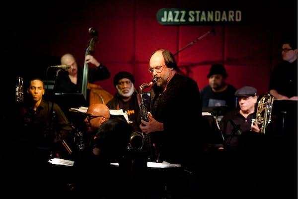 Frank Lacy, Scott Robinson in a dark room