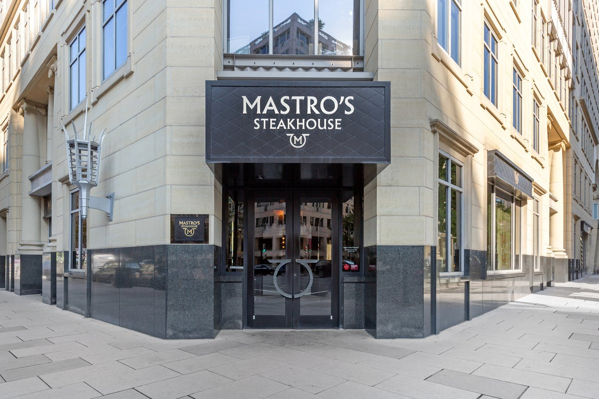 a restaurant's entrance